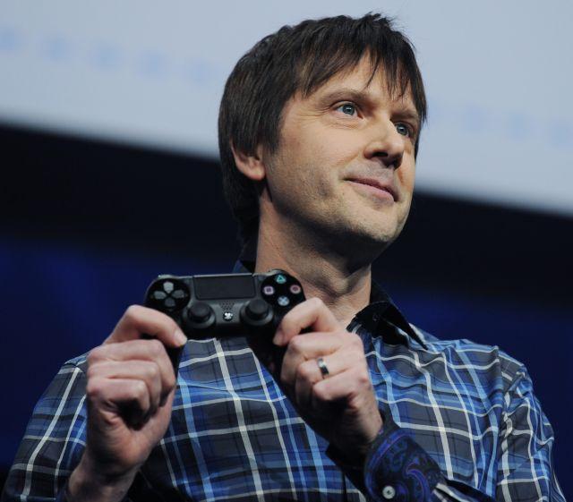 Se busca consola del PlayStation 4 (Fotos y video)