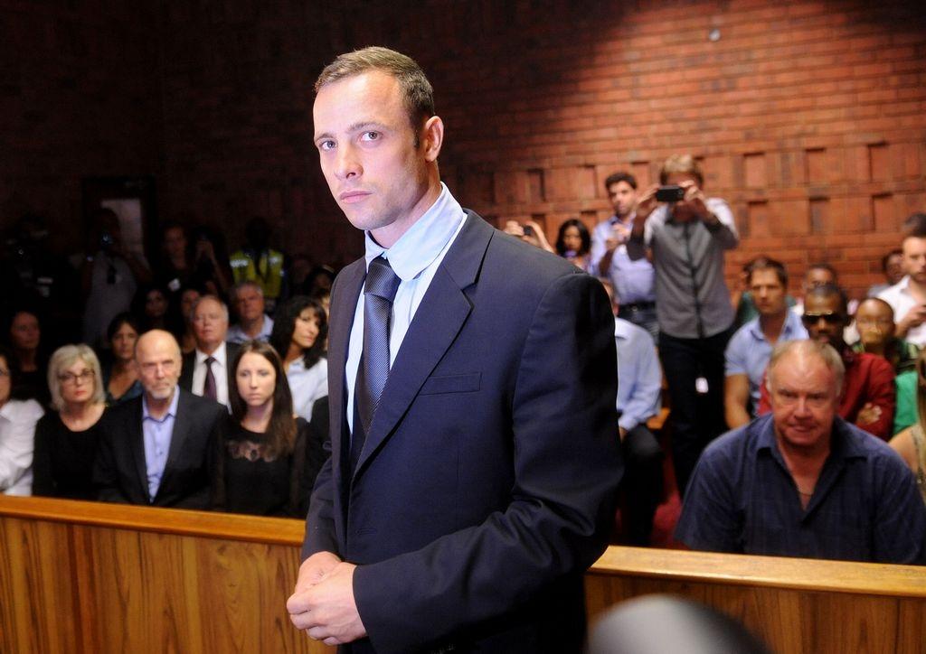Juez concede fianza a Oscar Pistorius