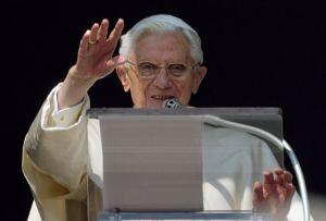 El último Ángelus del Papa Benedicto XVI (fotos)