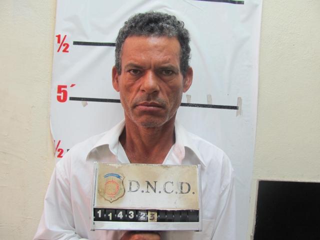 Extraditan a los EEUU a presunto asesino