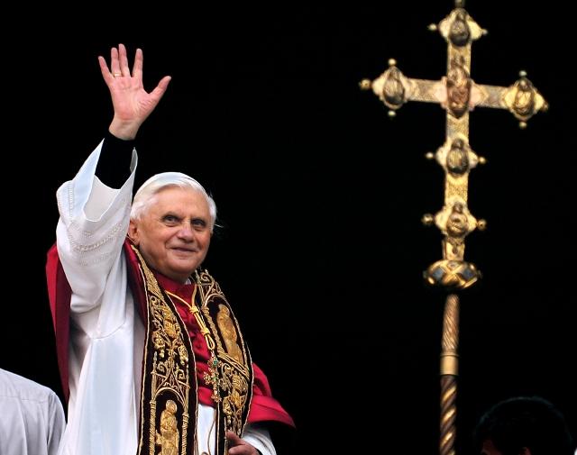 Papa deja caso Vatileaks en manos de su sucesor