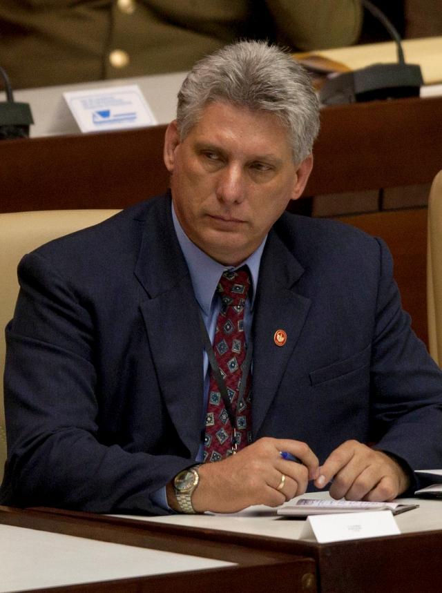 Exilio critica los ascensos en Cuba