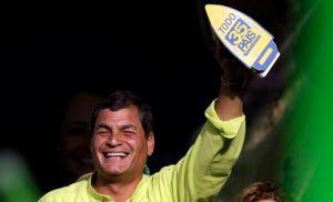 Oficializan reelección de Correa con 57,7% de votos