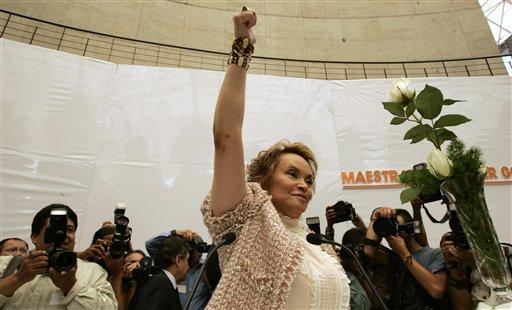 Elba Esther Gordillo es abandonada por sus aliados (Fotos)