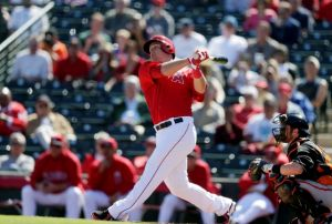 Angels y Dipoto le dan limosna a Mike Trout