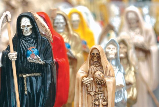 Santa Muerte es cada vez más popular en EEUU (fotos)