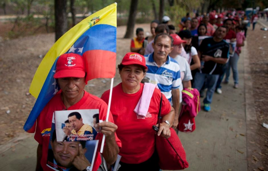 Imparable la romería para ver a Hugo Chávez (fotos)