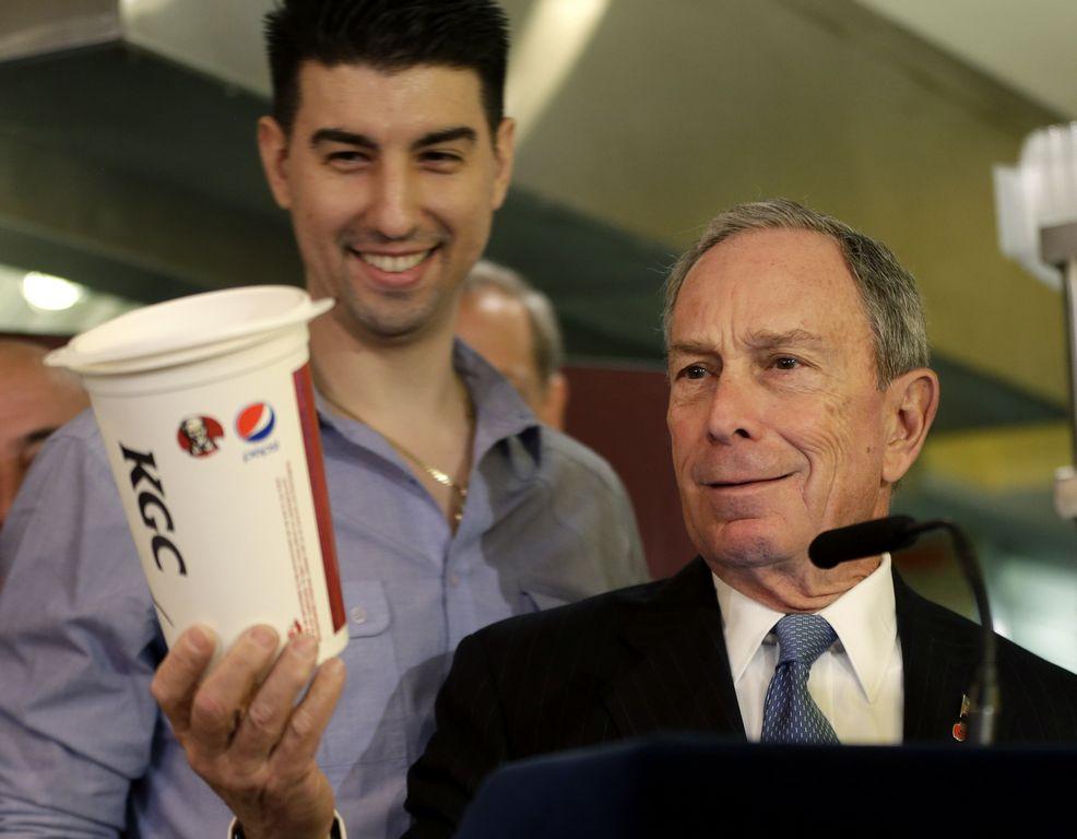 Bloomberg pide a comerciantes vetar sodas gigantes
