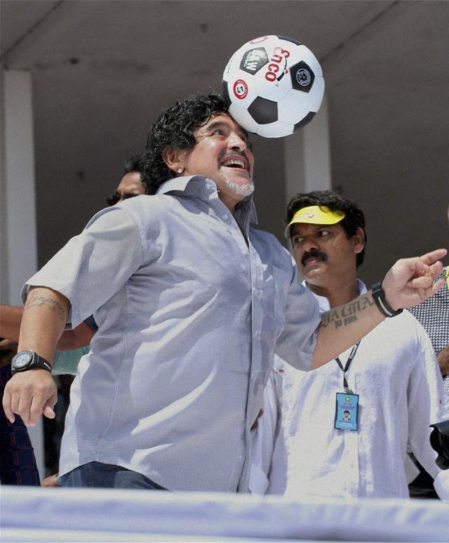 Maradona reconoce a Diego Jr.