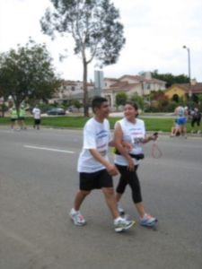 Christian Alvarado, un corredor invidente en el Maratón de LA