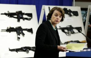 Comité del Senado aprueba prohibición de armas de asalto