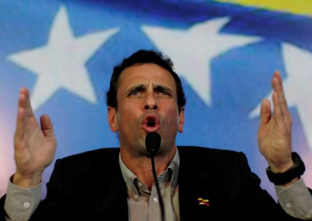 Capriles y Maduro se lanzan amenazas