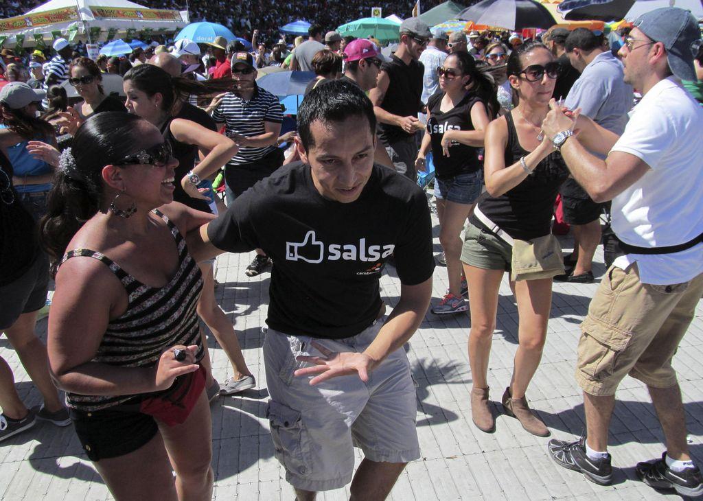 Boricuas celebran con sabor el Día Nacional de la Salsa