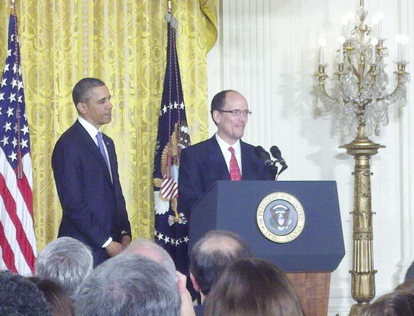Obama nomina a dominicano para Secretario de Trabajo