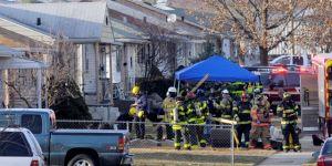Jet privado cae sobre casas en Indiana; hay dos muertos