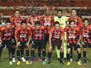 Jaguares y Real Valladolid firman convenio