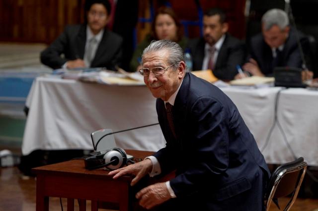 Se inicia histórico juicio a Ríos Montt