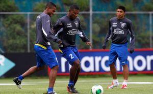 Ecuador va por todo el martes ante Paraguay