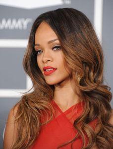 Rihanna aparece antes de concierto hoy en Chicago