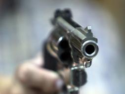 Pistolero que enfrentó a encubiertos es arrestado en Brooklyn