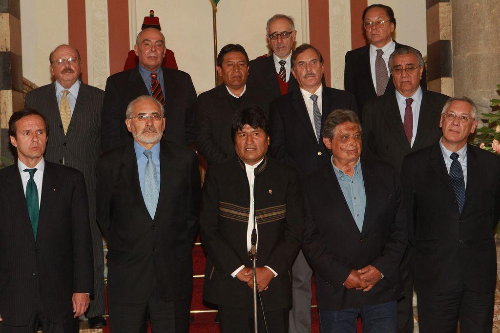 Evo Morales anuncia demanda en La Haya contra Chile