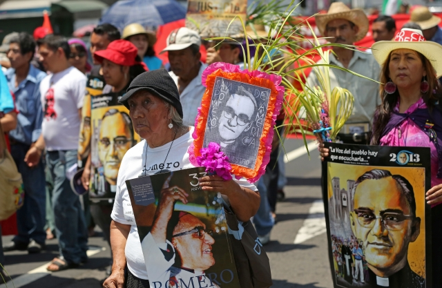Piden pronta canonización de Romero