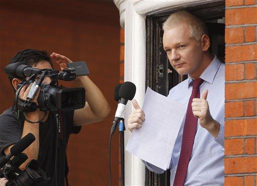 "Julian Assange: ""Terrorista cibernético es Obama, no yo"""