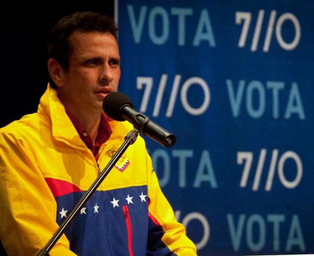 Buscan noquear a Maduro
