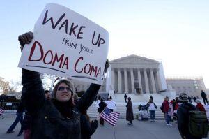 Manifestantes apoyan matrimonios gay ante Supremo (Fotos)