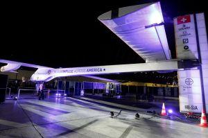 Avión solar suizo recorrerá EEUU (fotos y videos)