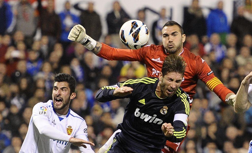 Zaragoza le saca empate a los 'merengues' (Fotos)