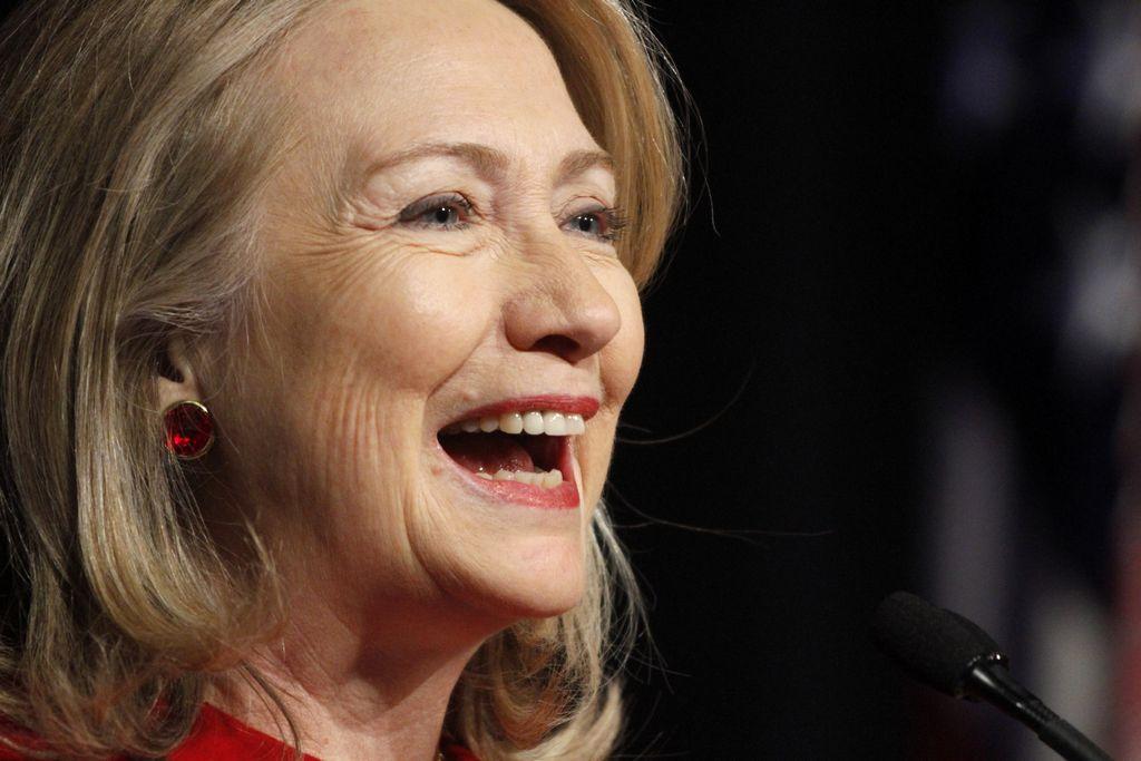 Comité ya trabaja en posible candidatura de Hillary (fotos)