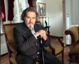 César Évora inmerso en las telenovelas (video)