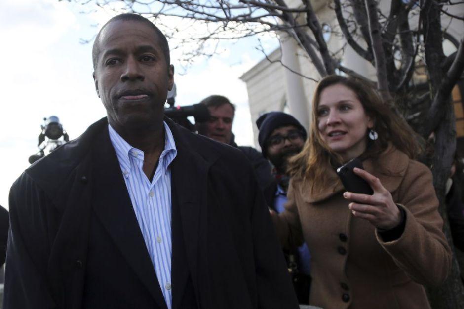 Políticos de NY arrestados pierden todo poder