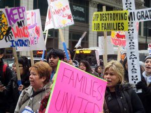 Activistas piden unidad familiar en reforma migratoria