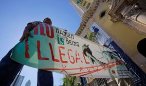 """Agencia AP deja de usar el término """"inmigrante ilegal"""""""