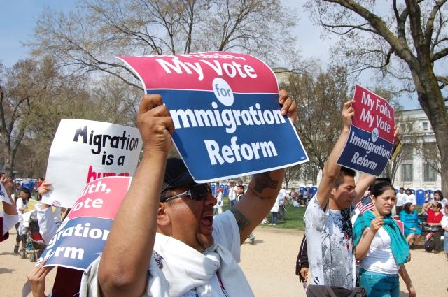 Masiva respuesta para marcha por reforma
