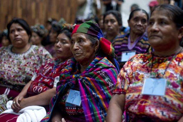 Pérez Molina se defiende en Guatemala