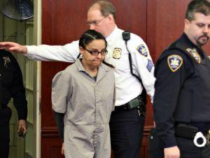 Padre de niños presuntamente asesinados por niñera da desgarrador testimonio