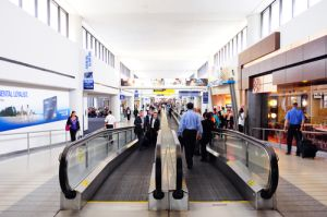 Condenan a empleado del aeropuerto Newark por tráfico de cocaína