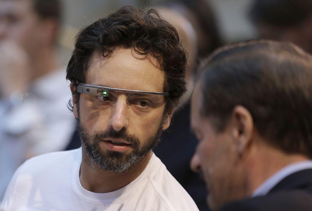 Junte de inversionistas para impulsar gafas virtuales de Google