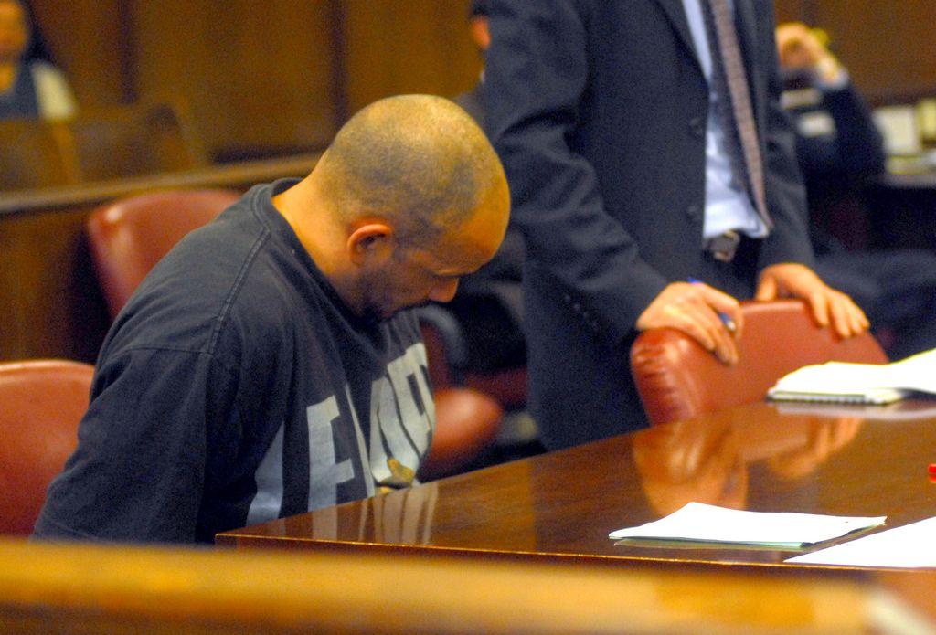 Acusado de atacar sexualmente a anciana en NY se declara inocente