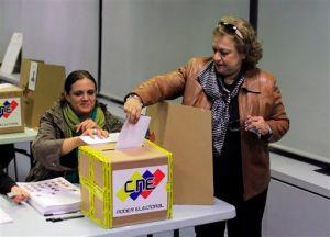 Cierran los centros electorales de Venezuela (Video en vivo)