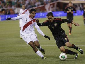 México sigue sin ganar y empata 0-0 con Perú (Fotos)