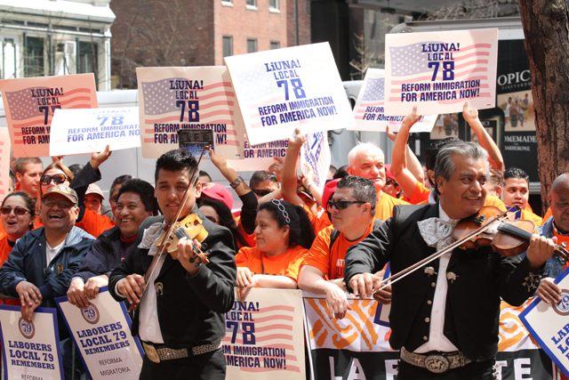 Plan migratorio decepciona a jornaleros en NY