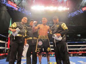 Boxeo: Miguel Flores, de Houston, gana en Alamodome