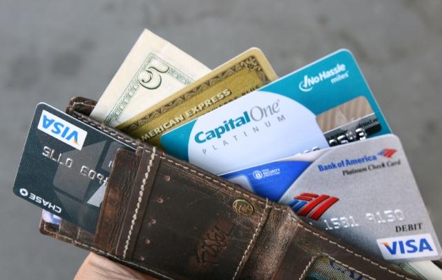 Los consumidores vuelven a endeudarse