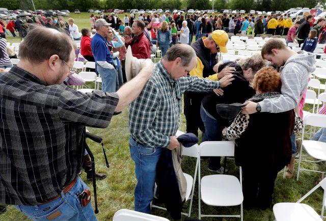 Obama asistirá a servicio por víctimas de explosión en Texas