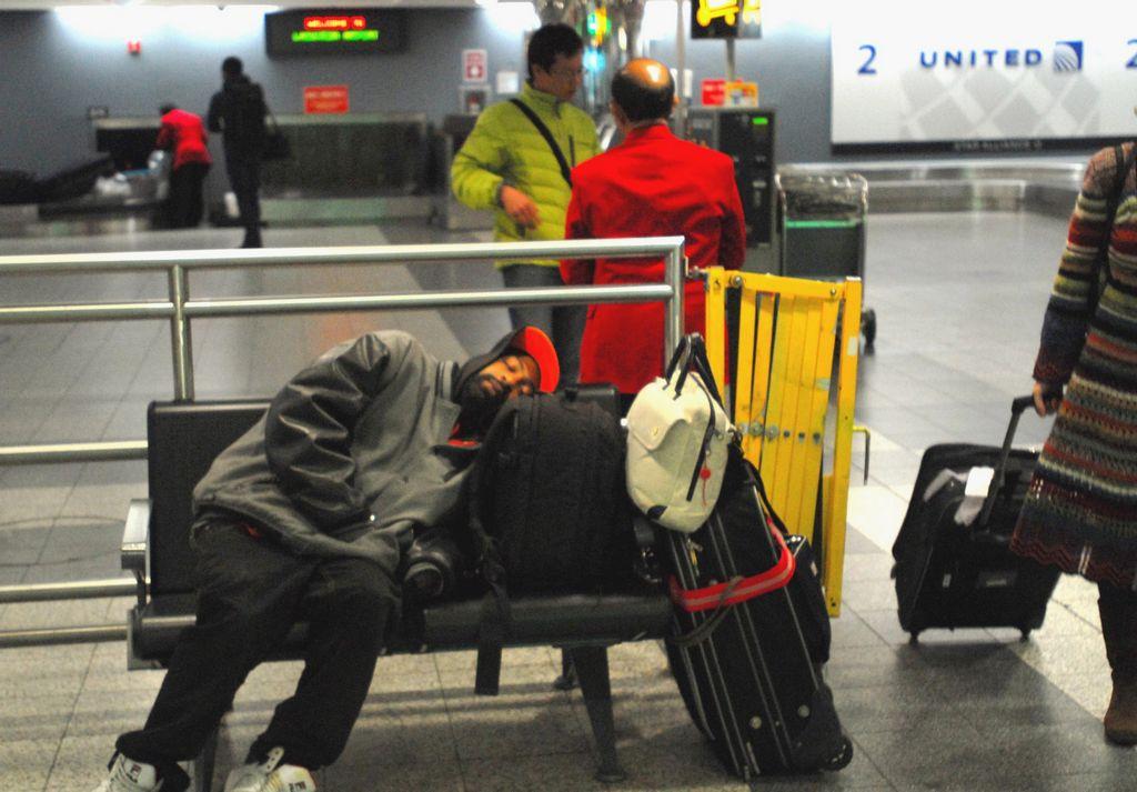 Pasajeros de LaGuardia sufren peores retrasos (fotos)