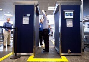 TSA aplaza orden para permitir pasajeros con navajas
